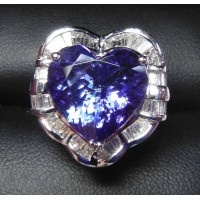 $35,000 8.17CT TANZANITE HEART & DIAMOND RING 18K