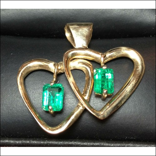 ESTATE EMERALD HEART PENDANT 14K GOLD $1NR