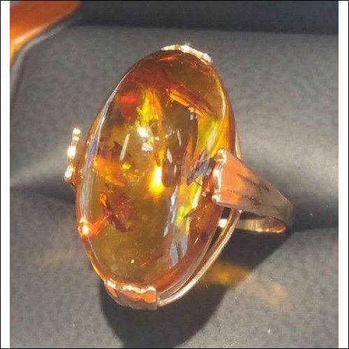 ESTATE 10CT AMBER OVAL IN RUSSIAN ROSE GOLD 14K- TRY LOVE PUTIN