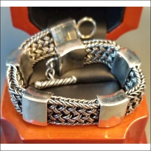 $400 Estate Heavy Toggle 50.0 Gram Bracelet For Lady $1Nr