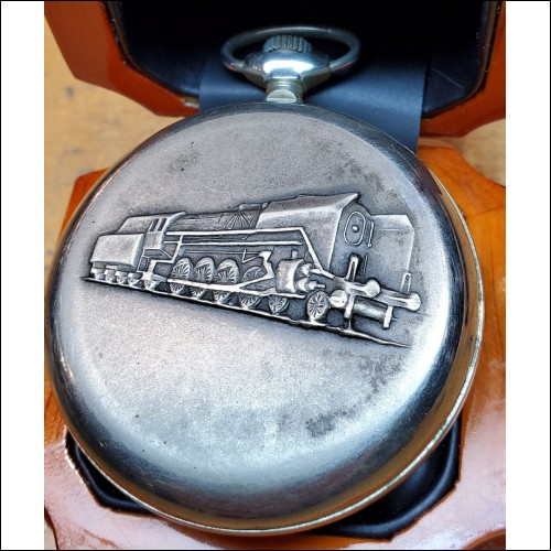 Estate Russian CCCP Railroad Pocket Watch $1Nr